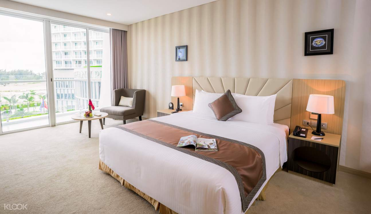 deluxe room of Muong Thanh Luxury